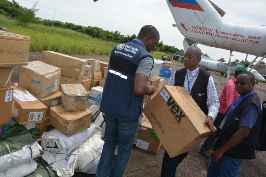 Workers fighting against ebola outbreak in DRC